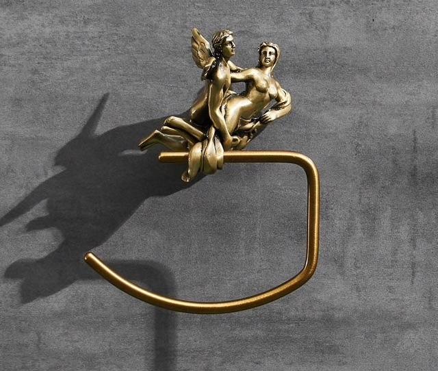 "Bronze ""Lovers"" Towel Ring Gold Bathroom Accessories"